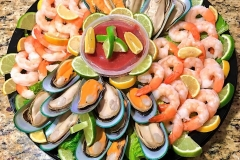 New Zealand mussels & Gulf shrimp platter.